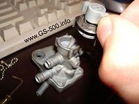 Convert petcock from vacuum to manual – das GS 500 Wiki: www GS-500 info